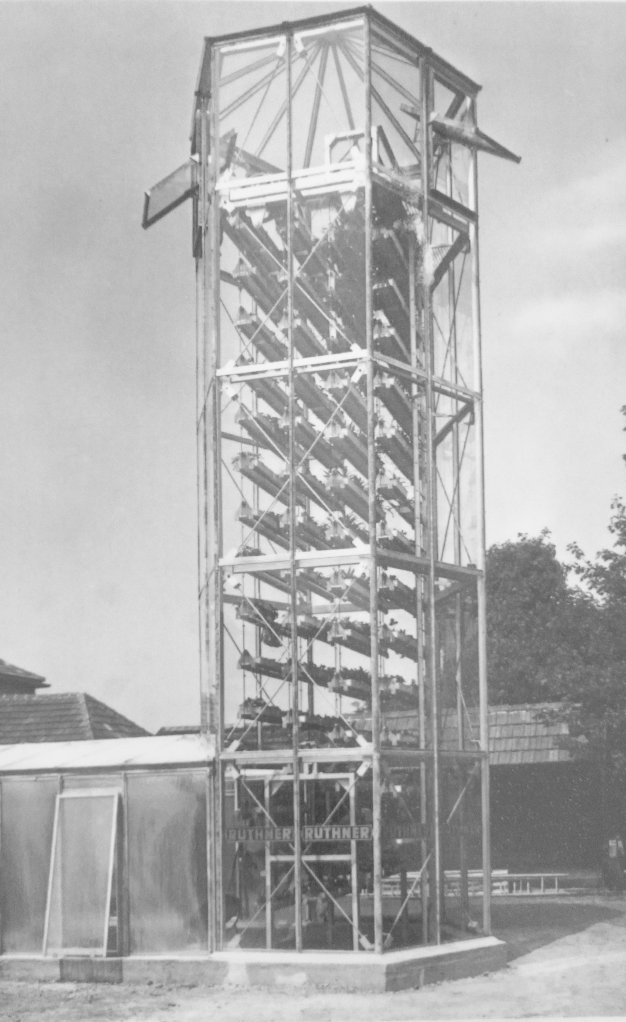 Pressephoto: Ruthner tower 1963, Langenlois (Copyright 1963: Stadt Wien, MA42)